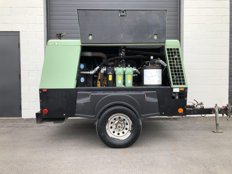 425 CFM Sullair 425H for sale at Towable Tools in Calgary, Canada.