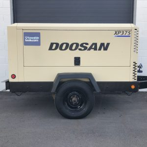 375 CFM Doosan Compressor For Sale XP375 Tow Behind - Towable Tools Calgary Alberta