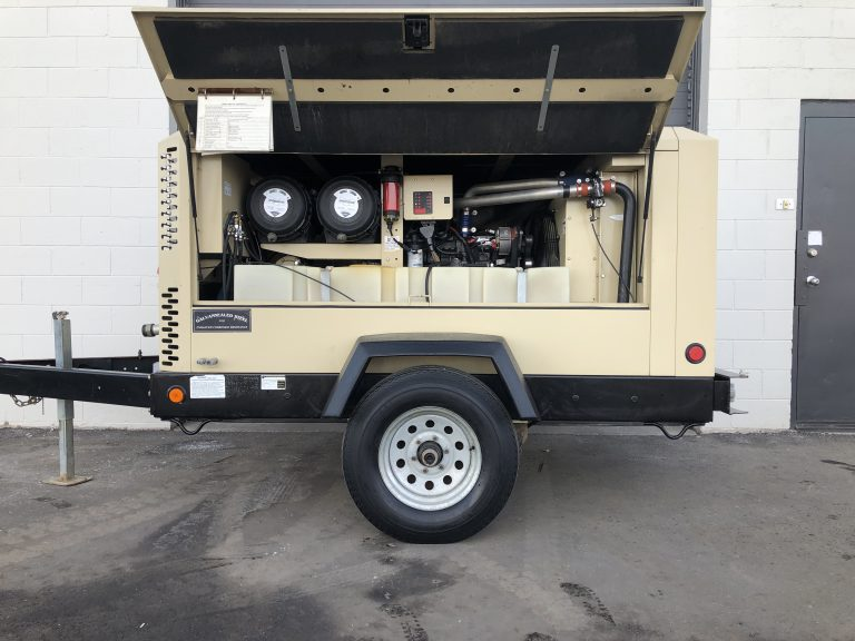 Used Doosan 375 Compressor For Sale XP375 CFM in Ontario
