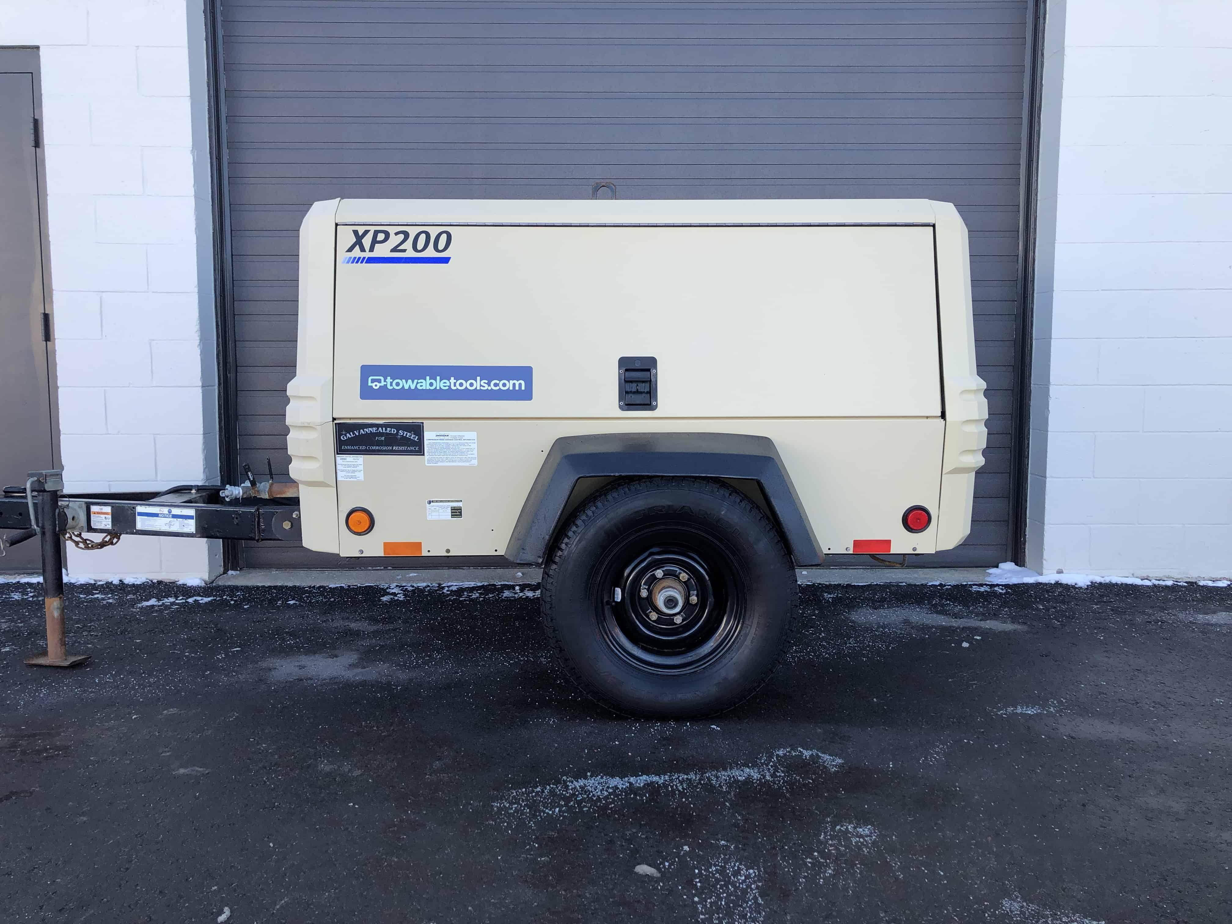 Used Doosan XP200 200 cfm Air Compressor For Sale - Towable Tools Alberta Canada